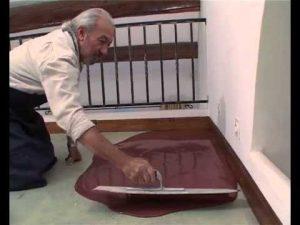 Réaliser un sol en béton ciré coulé - Tuto bricolage de Robert pour faire un béton ciré au sol